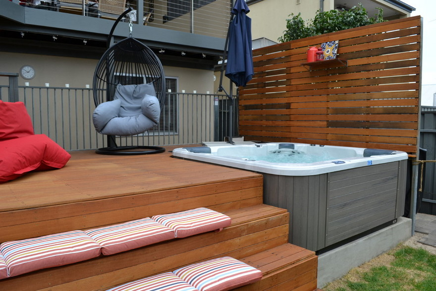 outdoor pool and hot tub spa 28