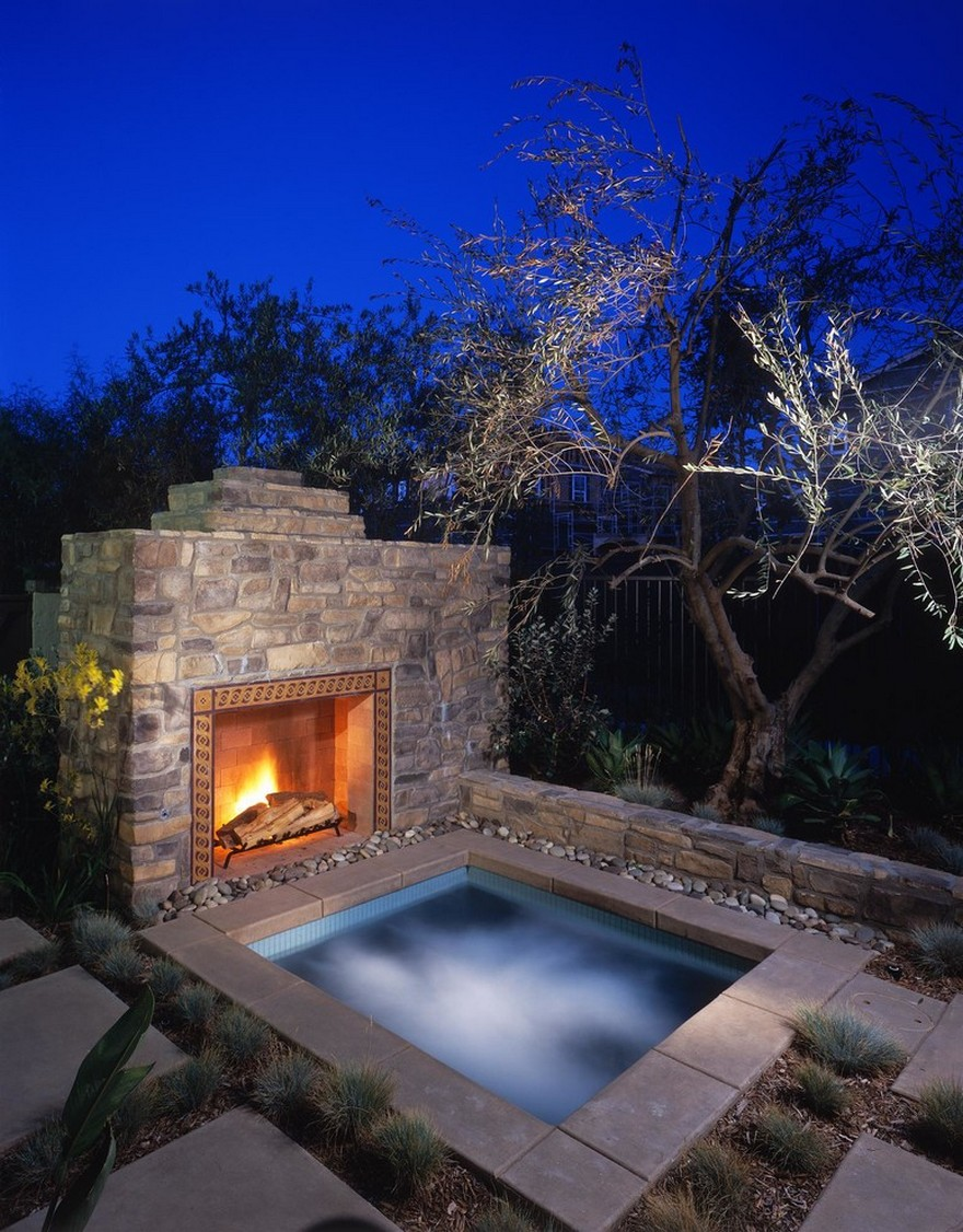 outdoor pool and hot tub spa 31