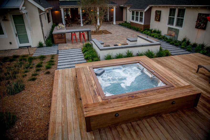 outdoor pool and hot tub spa 33