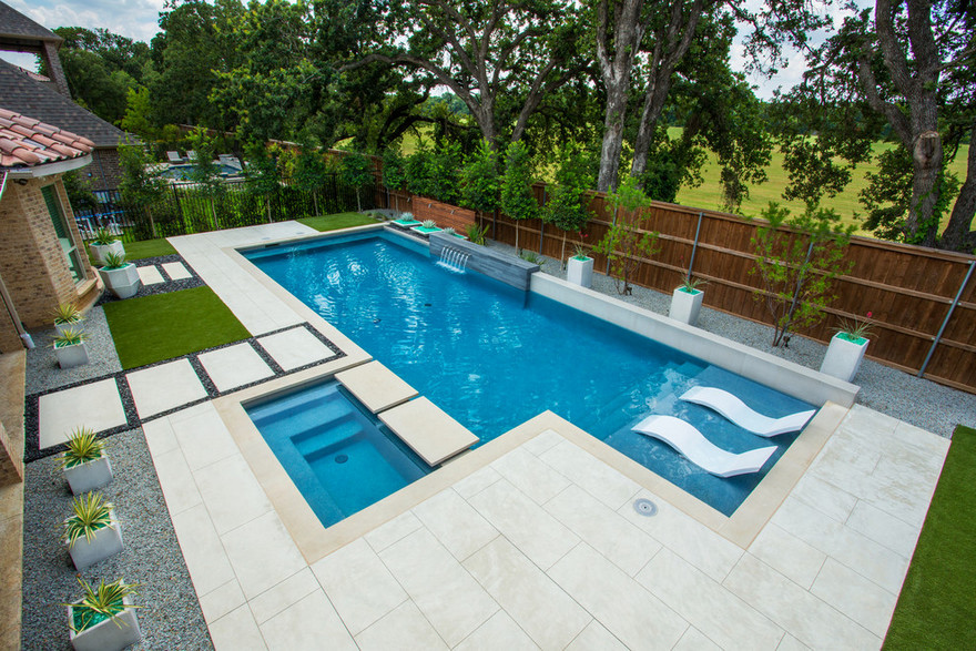 outdoor pool and hot tub spa 37