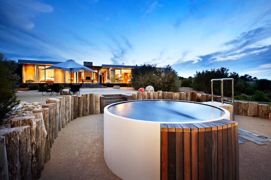 outdoor pool and hot tub spa 54
