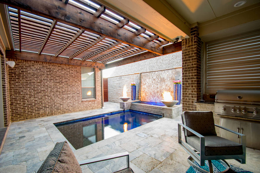 outdoor pool and hot tub spa 57