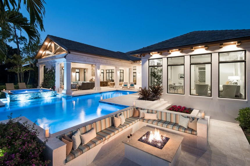 outdoor living spaces with fireplace (6)