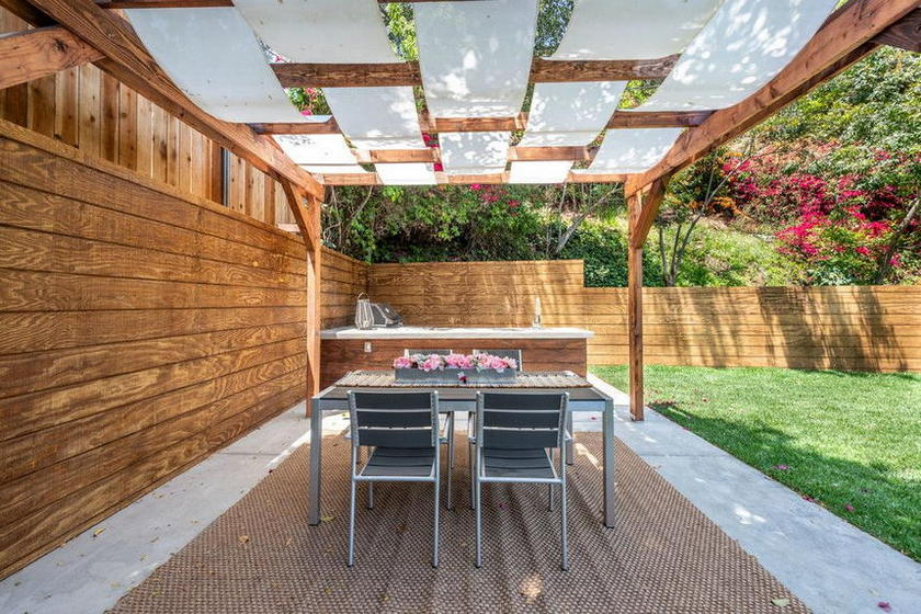 Patio Outdoor Living (6)